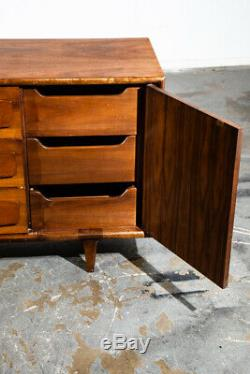 Mid Century Modern Dresser Credenza 9 Drawer American Martinsville Vintage Mcm