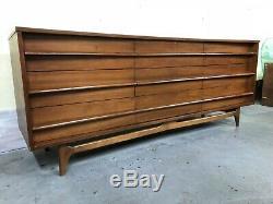 Mid Century Modern Walnut Dresser Sideboard Credenza Vintage
