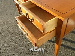 Pair Vintage Hekman Mid Century Modern Golden Brown End Tables Nightstands