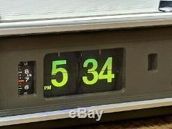 Panasonic Flip Clock Vintage Radio Eames Mid Century Modern Space AM/FM