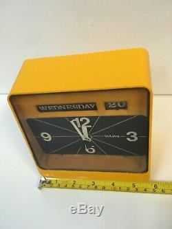 VTG 60s MID Century Modern Bulova Flip Electric Clock Space Age Date Mcm Yellow