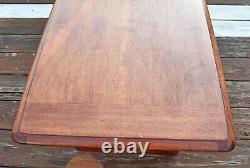 VTG Bassett Astra Mid Century Modern MCM Walnut Coffee Table 606-63-600 T-41 CKT