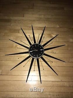 Vintage Mid Century Atomic MCM Wall Clock Starburst Sunburst 31 1/2