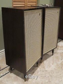 Vintage Mid Century Grundig Hi-Fi Raumklangbox V Stereo Speakers