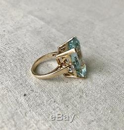 Vintage Mid-Century Modern Aquamarine and Diamond Cocktail Ring, 1970s