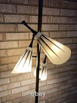 Vintage Mid Century Modern Atomic 3 Fixture Tapered Top Floor Lamp