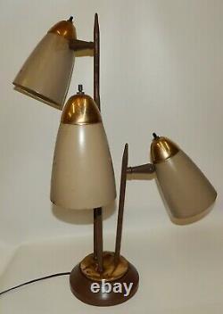 Vintage Mid Century Modern Bullet Cone Atomic 3-Light Table Lamp