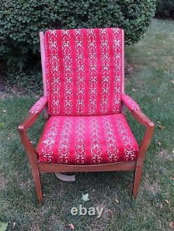 Vintage Mid Century Modern Danish Wooden Arm Lounge Chair