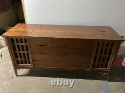 Vintage Mid Century Modern Stereo Console Cabinet Record Wurlitzer DX-33