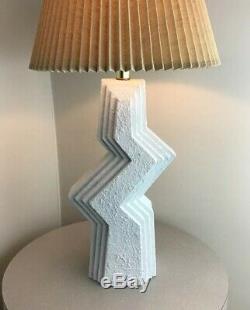 Vintage Mid Century Modern Zigzag Brutalist Art Studios Memphis Lamp