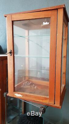 Vitrine aus Glas, Glasböden mid century, vintage