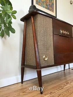 Vtg 60s Mid Century Danish Modern Stereo Console Tube Record Player Silvertone