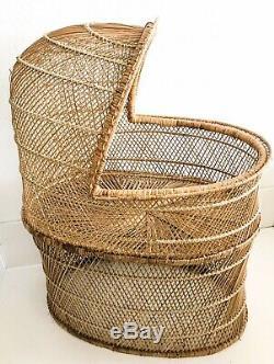 Vtg Wicker Baby Bassinet Rattan Natural Wood Boho Nursury Crib Mid Century Retro